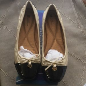 Cream/ Black flats with Gold accent on bow